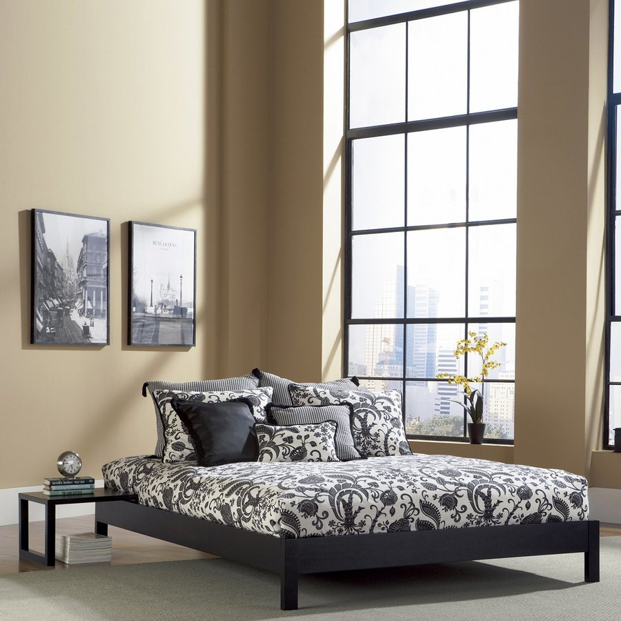 Fashion Bed Group Murray Black Queen Platform Bed