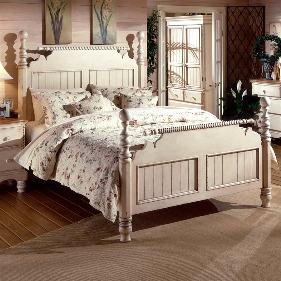 Hillsdale Furniture Wilshire Distressed/Antique White Queen Panel Bed