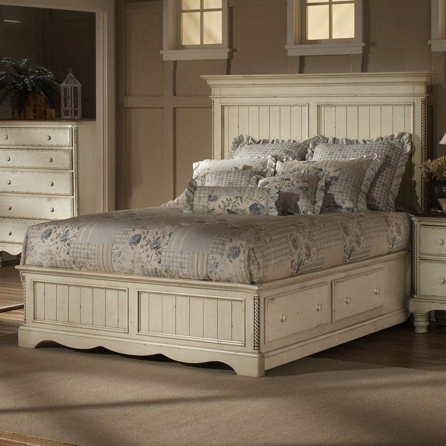 Hillsdale Furniture Wilshire Distressed/Antique White King Panel Bed With Storage