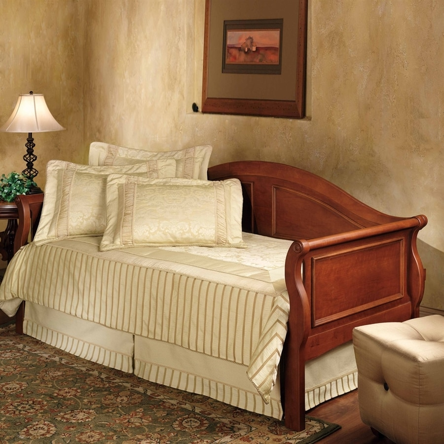 Hillsdale Furniture Bedford Cherry Twin Daybed Bed