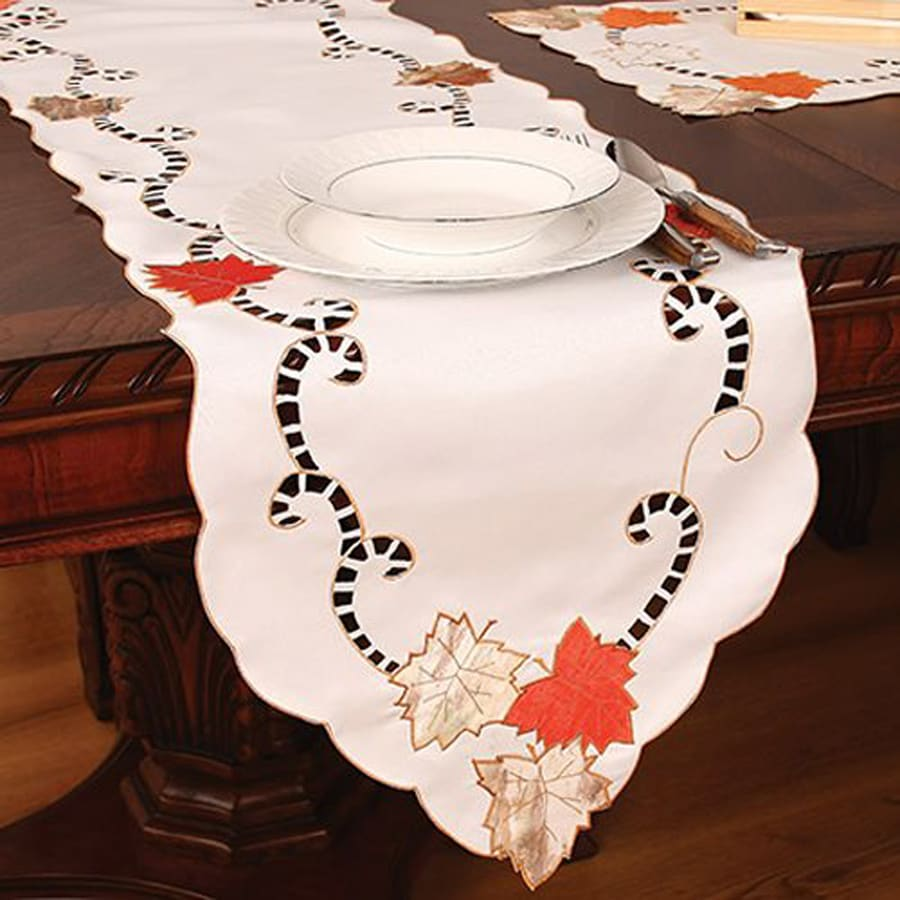 XIA Home Fashions Scrolling Leaf Fabric Table Runner Indoor Thanksgiving Decoration