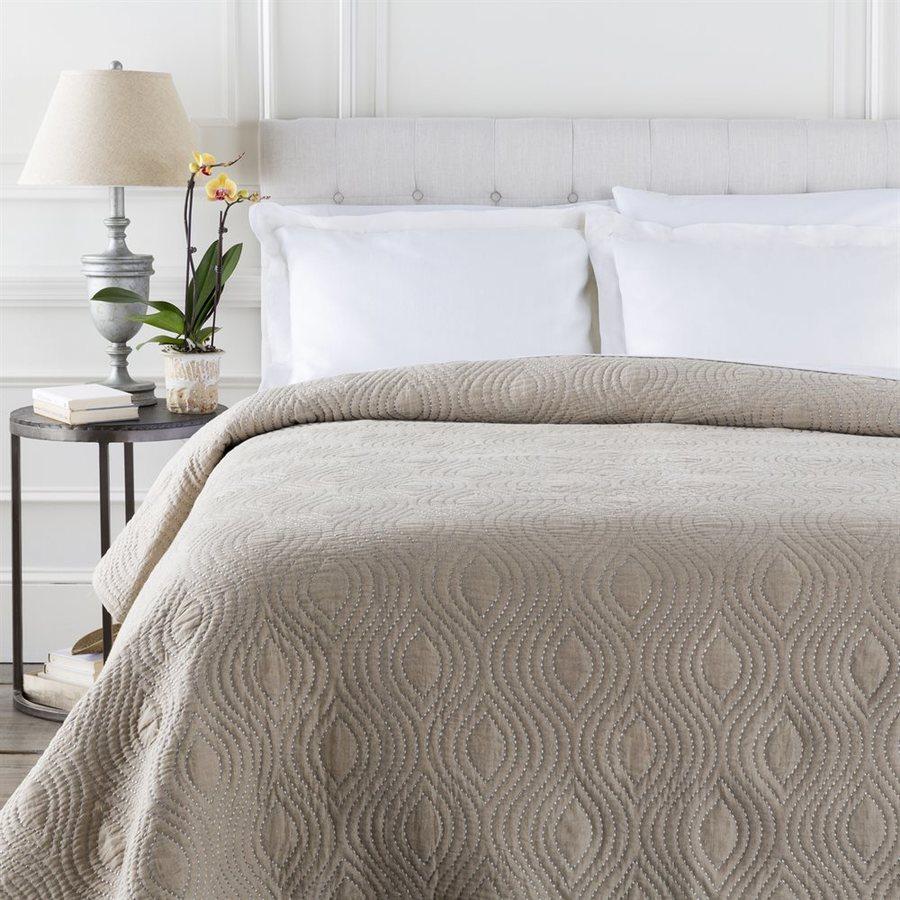 Surya Nile Soft Pastel Twin Cotton Quilt