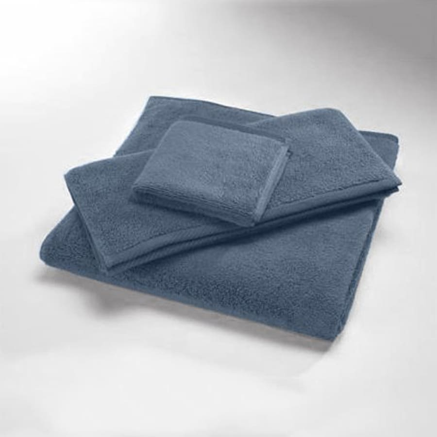Caro Home 30-in x 16-in Azure Cotton Hand Towel