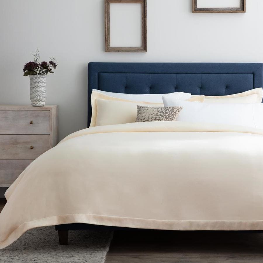 Brookside 3 Piece Ivory California King Duvet Cover Set In The Bedding Sets Department At Lowes Com