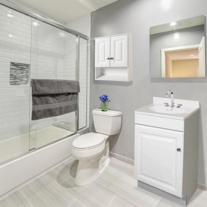 Design House Wyndham 22-in W x 26-in H x 8-in D White ...