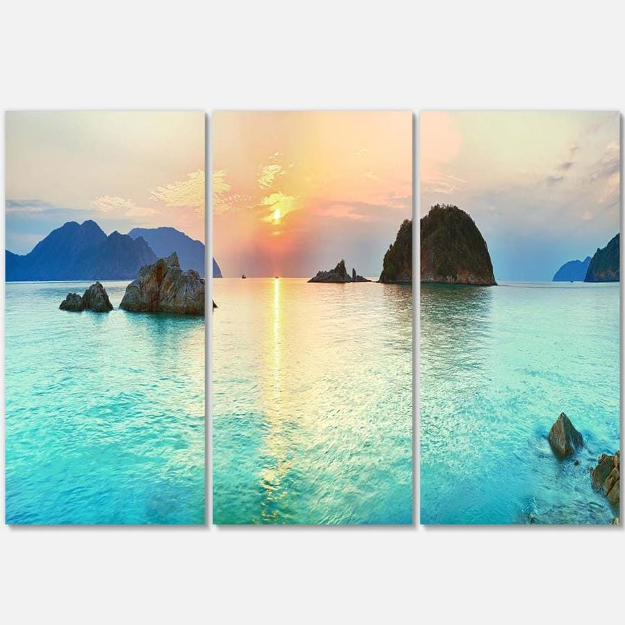 Designart Sunrise Panorama Photography Canvas Art Print In The Wall Art Department At Lowes Com