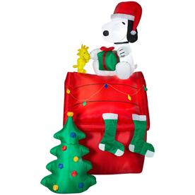 peanuts 85 ft lighted snoopy christmas inflatable