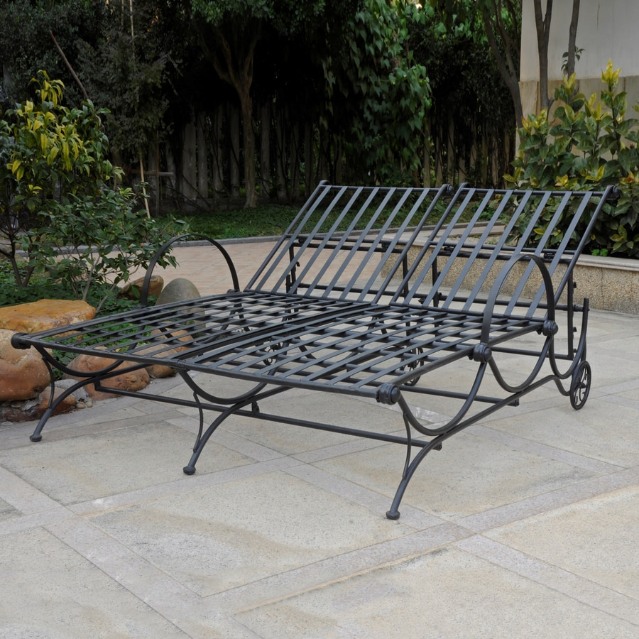 International Caravan Antique Black Wrought Iron Patio Chaise Lounge Chair