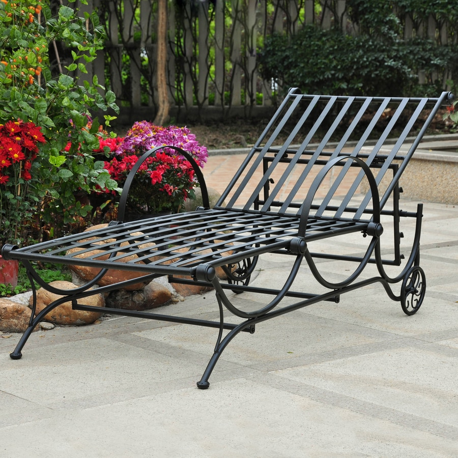 International Caravan Wrought Iron Chaise Lounge Chair With Slat Seat