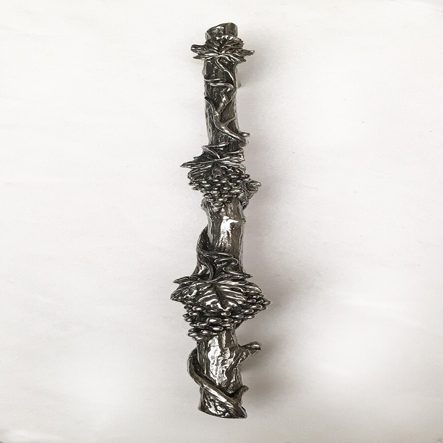 D'Artefax 10-in Center-To-Center Shiny Grapevine Novelty Cabinet Pull