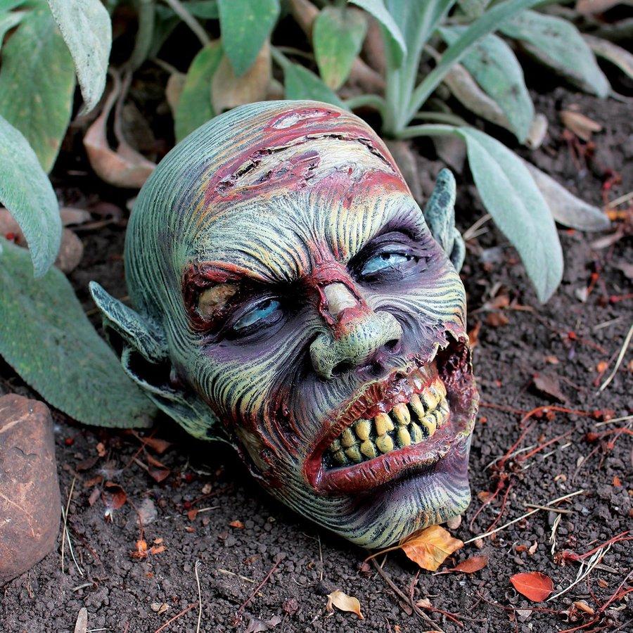 Design Toscano Lost Zombie Head Freestanding Sculpture