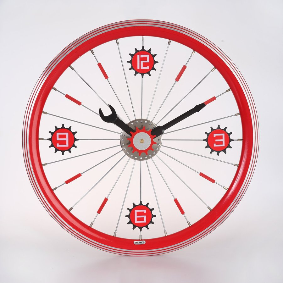 Maple's Bicycle Wheel Analog Round Indoor Wall Clock
