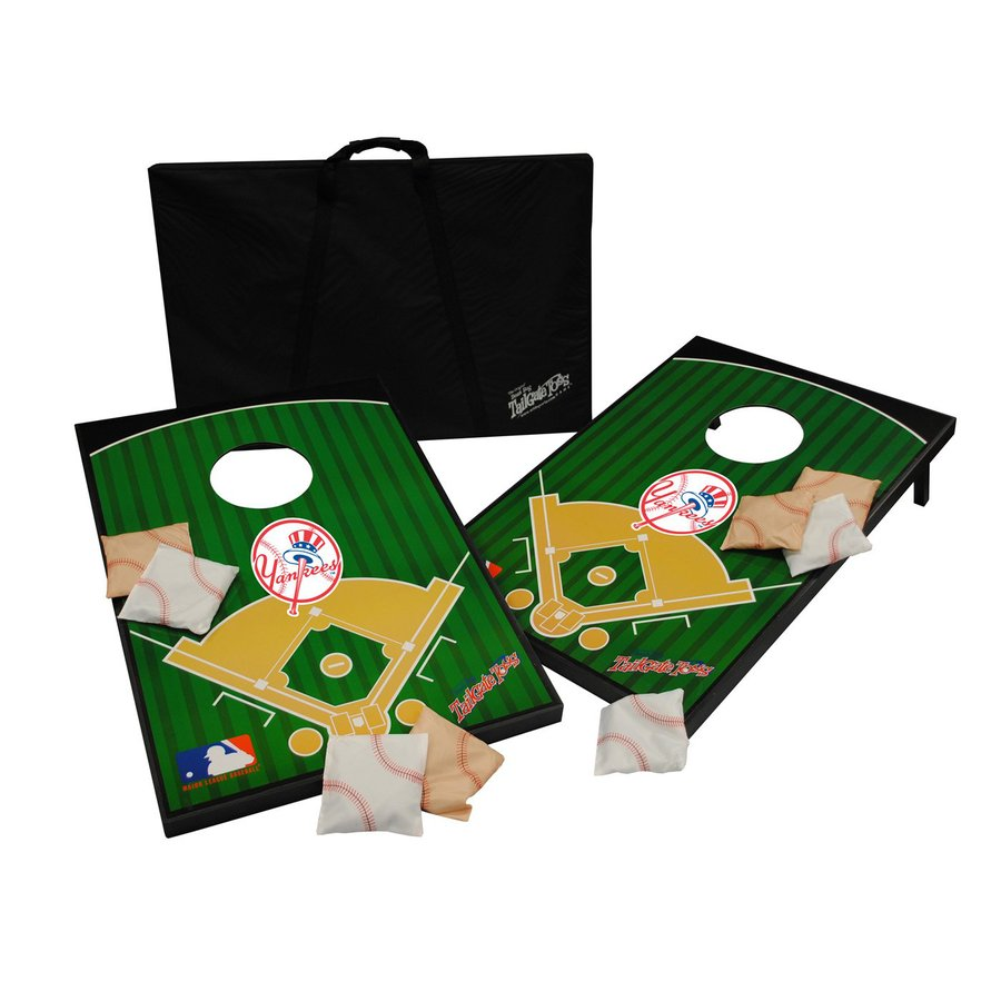 Wild Sports New York Yankees Outdoor Corn Hole Party Game