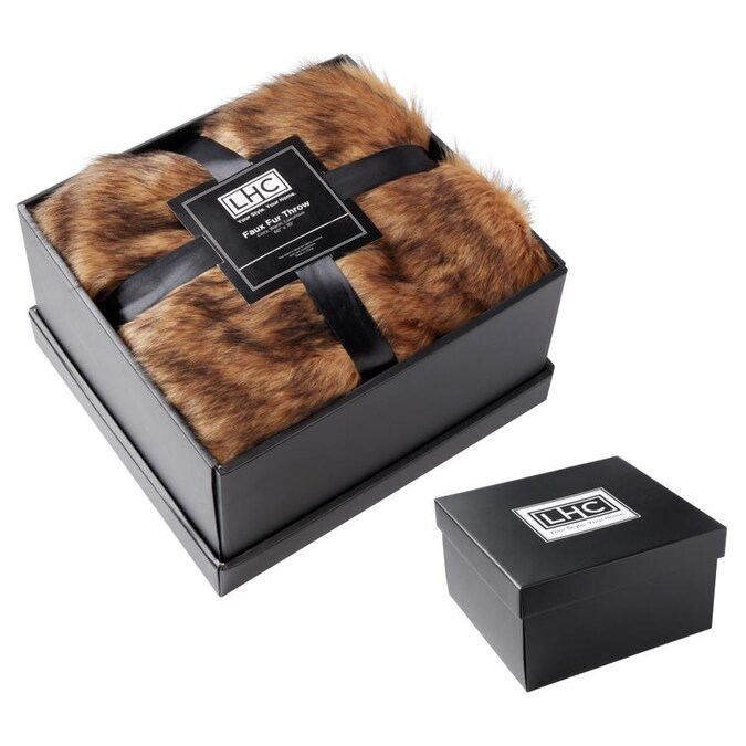 Hastings Home Faux Fur Throw Blanket Luxurious Soft Hypoallergenic Premium Faux Ch Inilla Fur Blanket With Faux Mink Back And Gift Box 60 In X70 In By Hastings Home Brown In The Blankets Throws