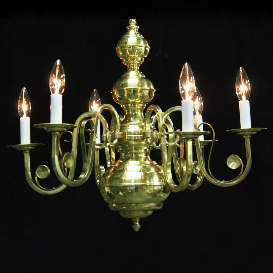 Weinstock Illuminations 24-in 6-Light Polished Brass Williamsburg Candle Chandelier