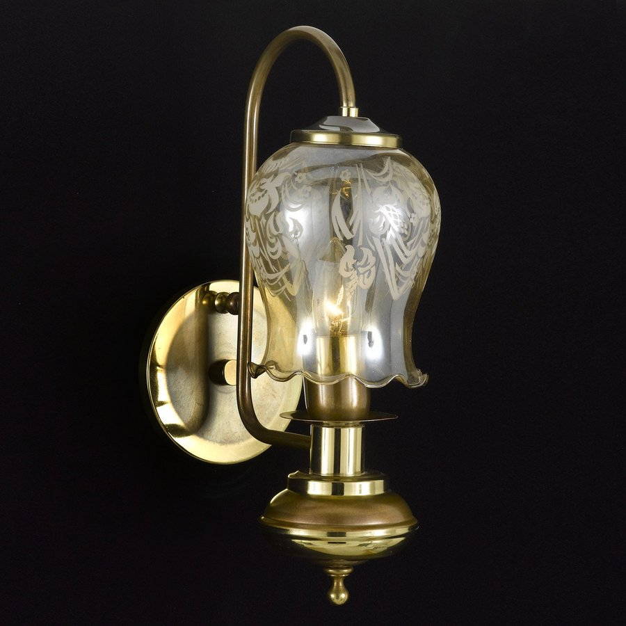 Weinstock Illuminations 5-in W 1-Light Antique Brass Arm Hardwired Wall Sconce