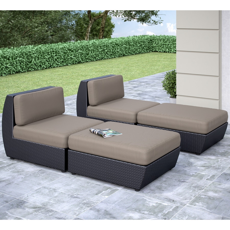 CorLiving Seattle 4-Piece Wicker Patio Conversation Set