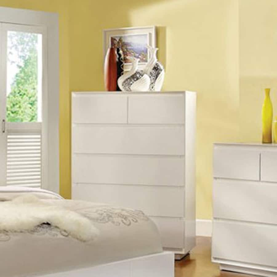 Furniture of America Leeroy White Standard Chest