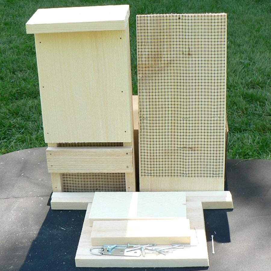 Coveside Conservation 7 25 In W X 15 5 H 3 75 D Unfinished Pine Wood Bat House