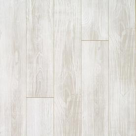 QuickStep Studio Vailmont Chestnut Wood Planks Laminate Sample