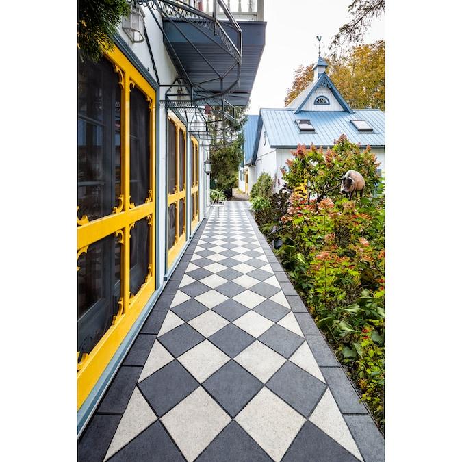 The Modern Yard Tokyo Shale Grey Concrete Patio Stone