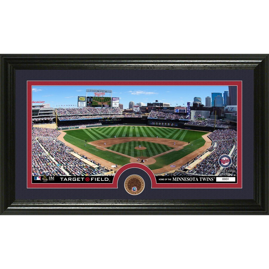 The Highland Mint 20-in W x 12-in H Minnesota Twins Infield Dirt Coin Panoramic Photo Mint Wall Art