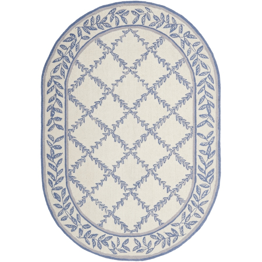 Safavieh Chelsea Ivory and Light Blue Oval Indoor Handcrafted Lodge Area Rug (Common: 4 x 6; Actual: 4.5-ft W x 6.5-ft L)