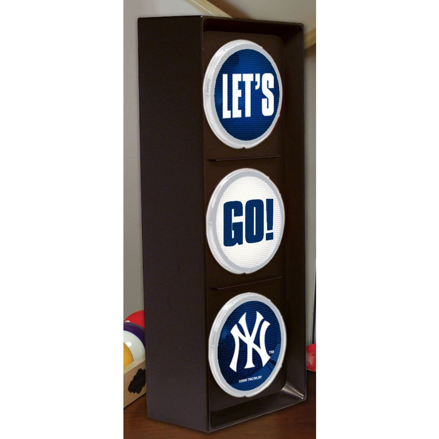 The Memory Company 16-in Sports New York Yankees Light