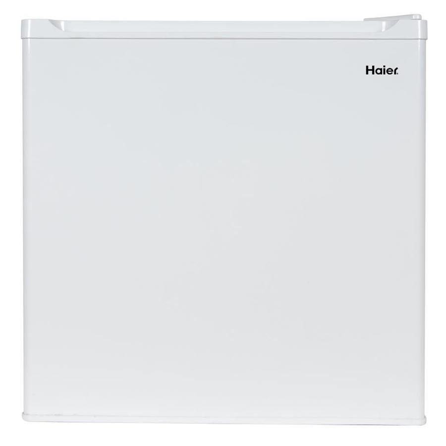 Haier 1.66-cu ft Freestanding Compact Refrigerator with Freezer Compartment (White) ENERGY STAR