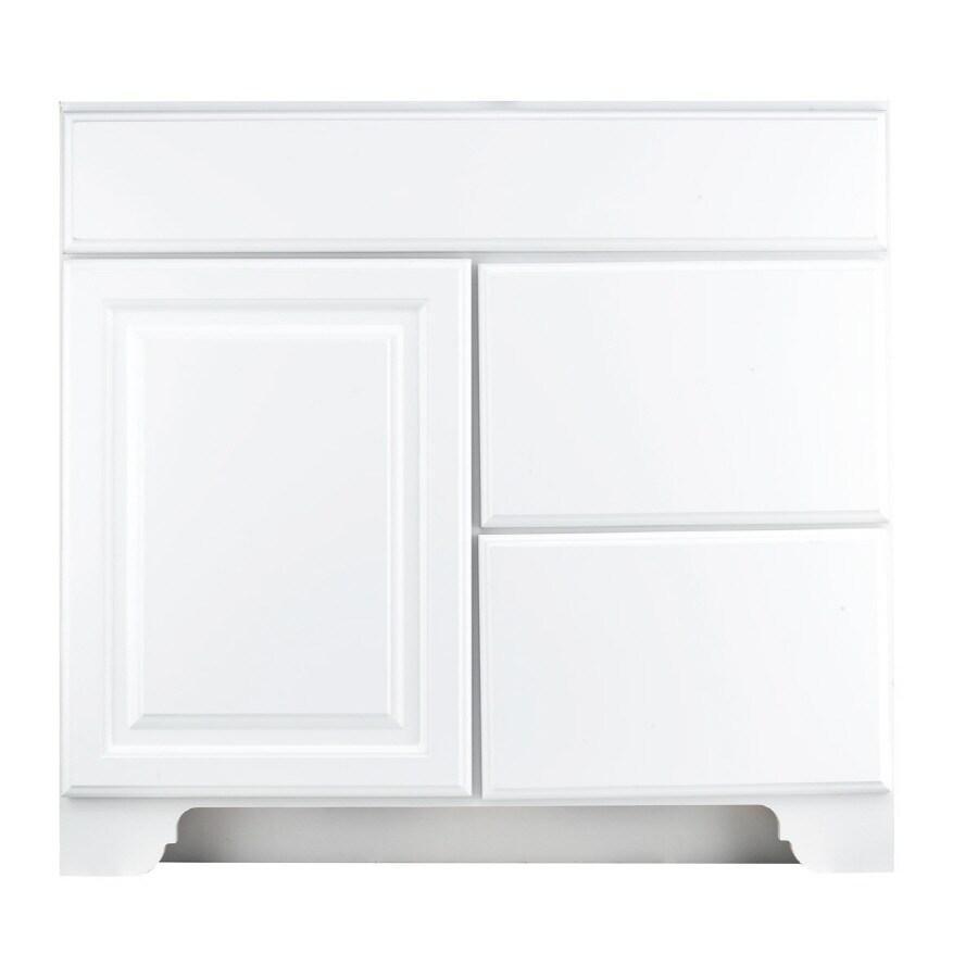 KraftMaid White 36-in Traditional Bathroom Vanity