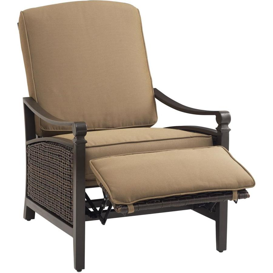 Hanover Outdoor Furniture Carson Wicker Recliner Chair With Cushioned
