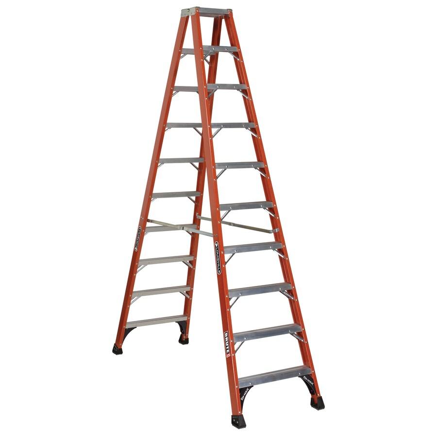 Louisville 10-ft Fiberglass 375-lb Type IAA Step Ladder