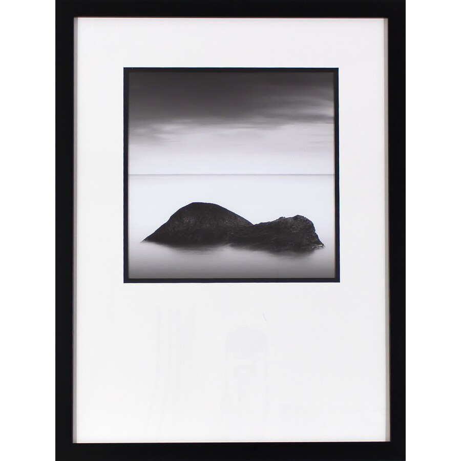 19.5-in W x 25.5-in H Framed Photography Print Wall Art