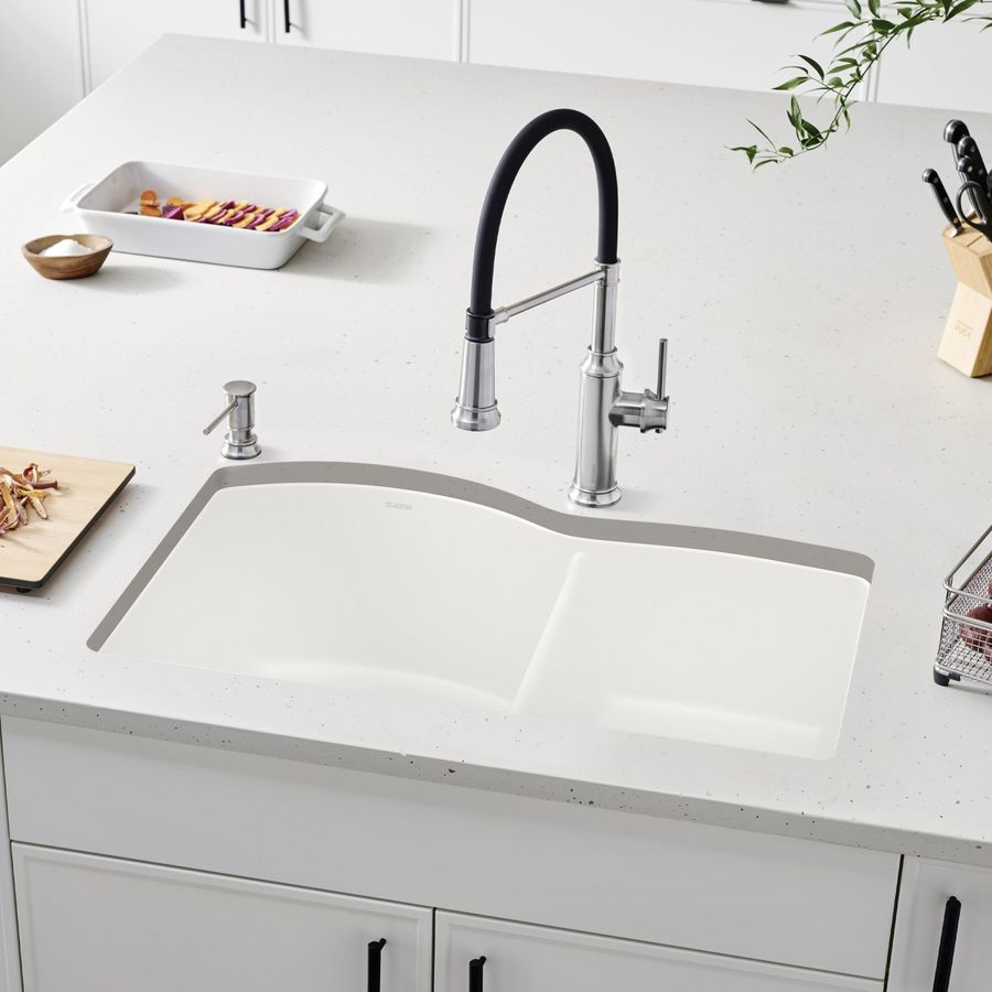 BLANCO Diamond 20.843-in x 32-in White Double-Basin Granite Undermount Residential Kitchen Sink