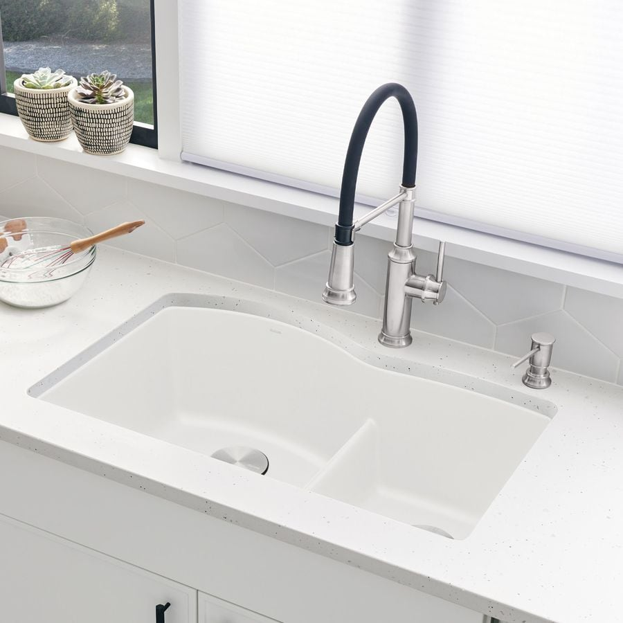 BLANCO Diamond 32-in x 20.875-in White Double-Basin Granite Undermount Residential Kitchen Sink