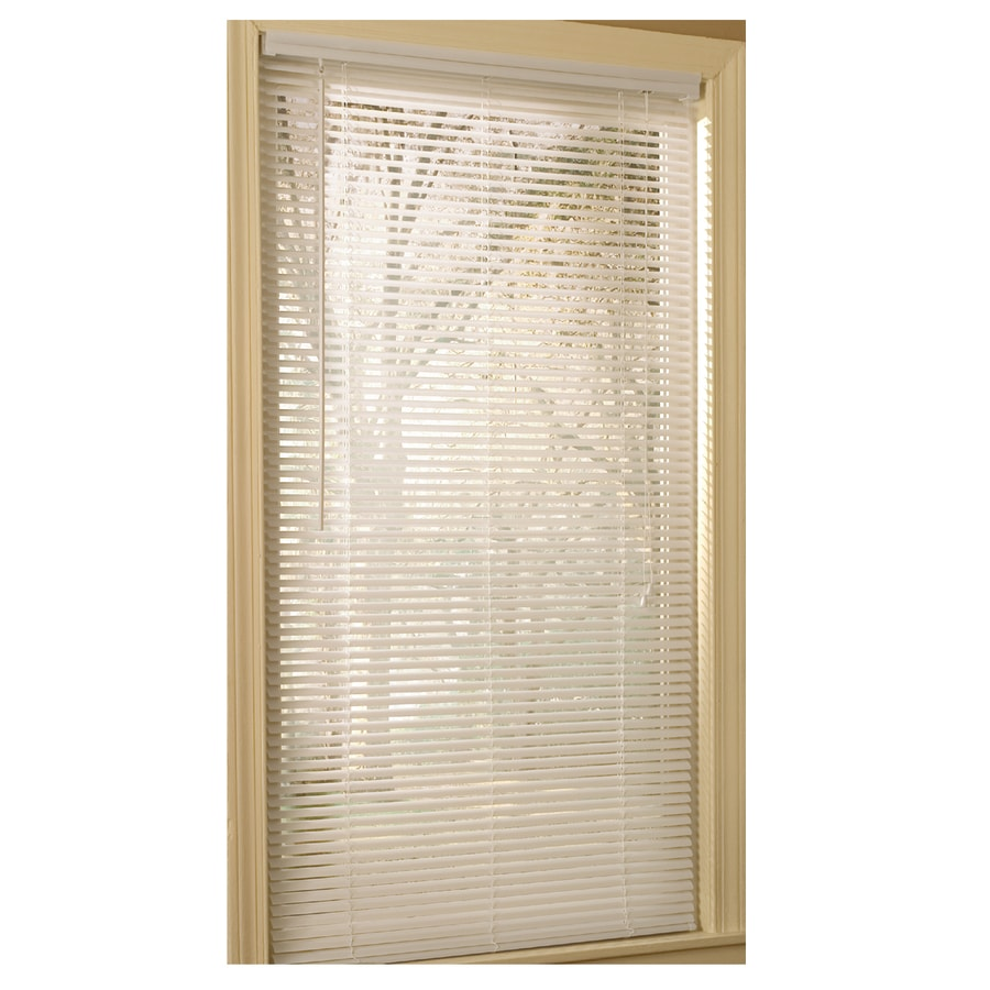 Project Source 1-in White Vinyl Light Filtering Mini-Blinds (Common 43-in; Actual: 42.5-in x 64-in)