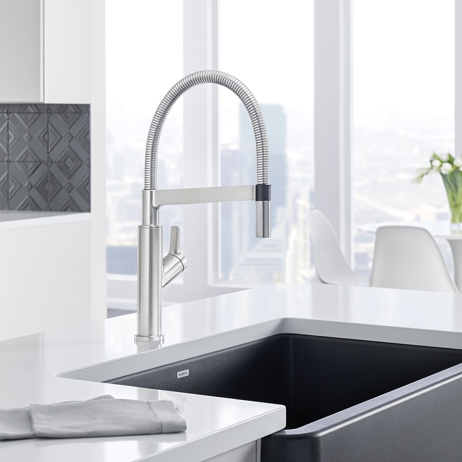 BLANCO Solenta Stainless Steel 1 Handle Pull Down Kitchen Faucet