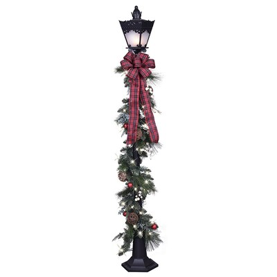 6 In Lamp Post With White Incandescent Lights