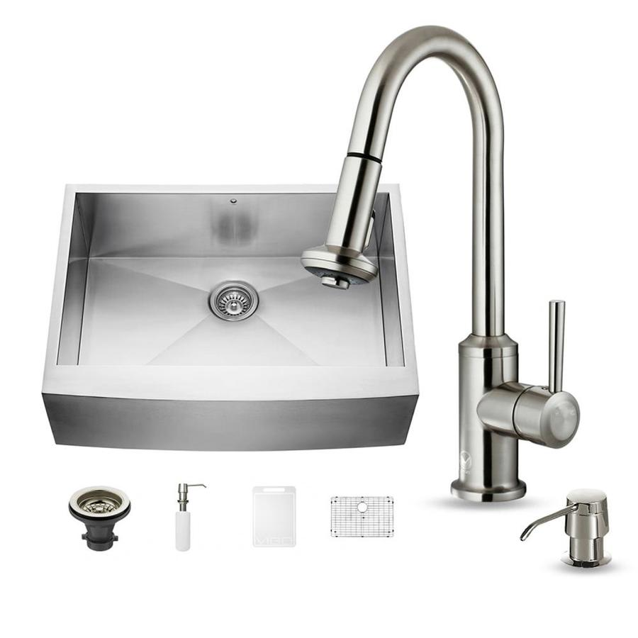VIGO 30.0-in x 22.25-in Single-Basin Stainless Steel Apron Front/Farmhouse Commercial/Residential Kitchen Sink All-In-One Kit