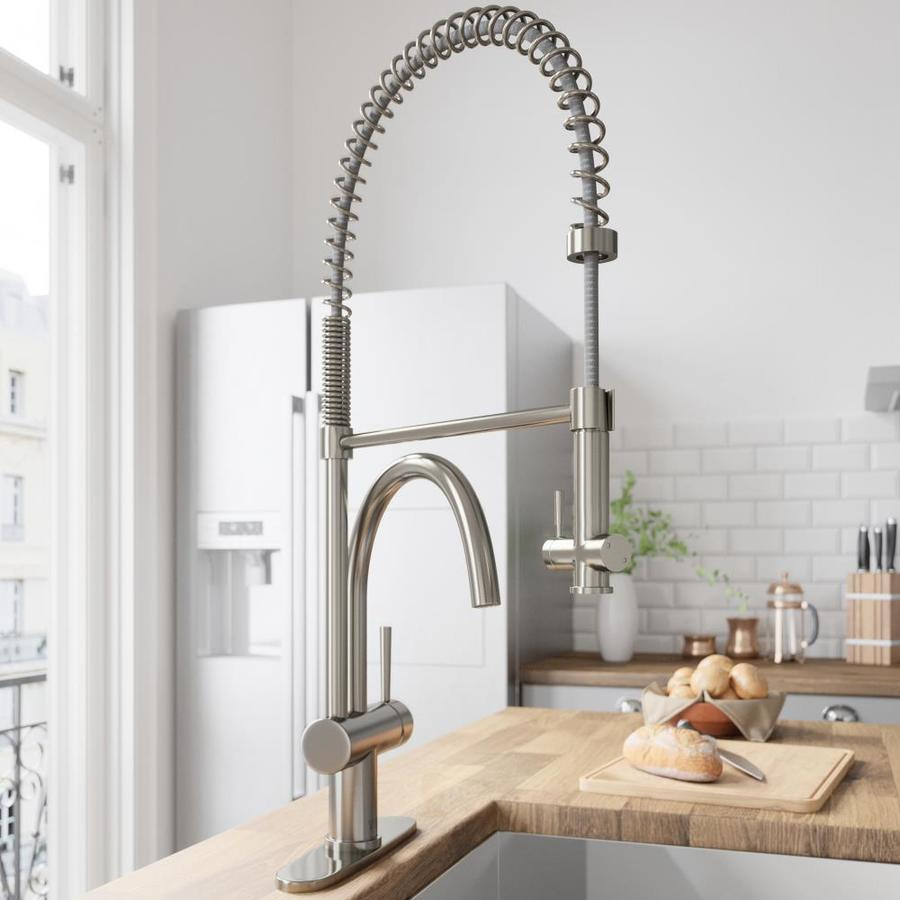 VIGO Stainless Steel 1-Handle Pull-Down Kitchen Faucet