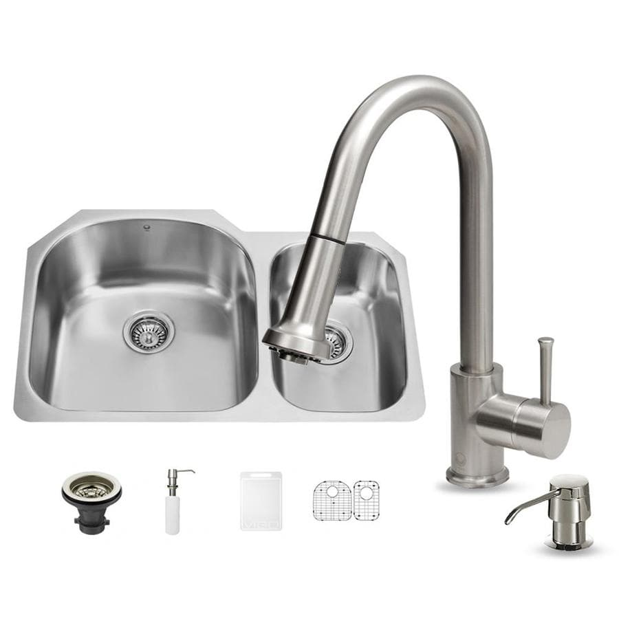VIGO 31.5-in x 20.5-in Double-Basin Stainless Steel Undermount Commercial/Residential Kitchen Sink All-In-One Kit