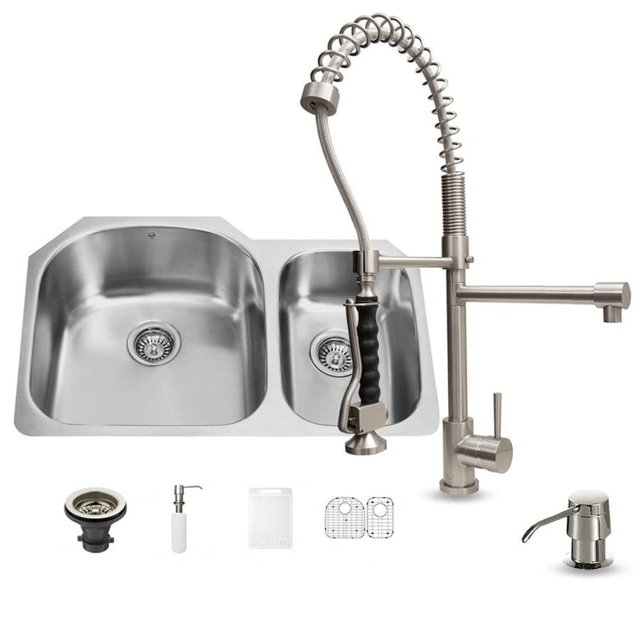 VIGO 31.5-in x 20.5-in Stainless Steel Double-Basin Undermount 1-Hole Commercial/Residential Kitchen Sink All-In-One Kit