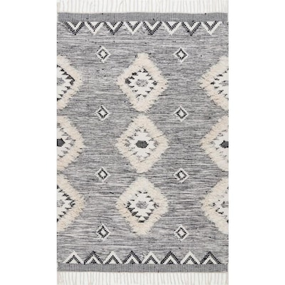 Sensational Savannah Moroccan Fringe Rug Gmtry Best Dining Table And Chair Ideas Images Gmtryco