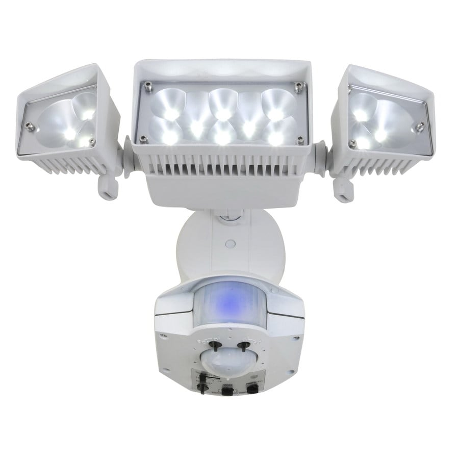 Utilitech 360-Degree 3-Head Dual Detection Zone White LED Motion-Activated Flood Light with Timer