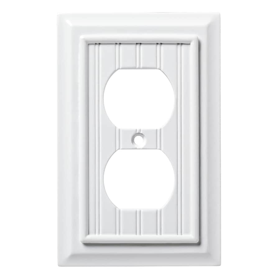Brainerd Beadboard 1 Gang Pure White Single Duplex Wall Plate