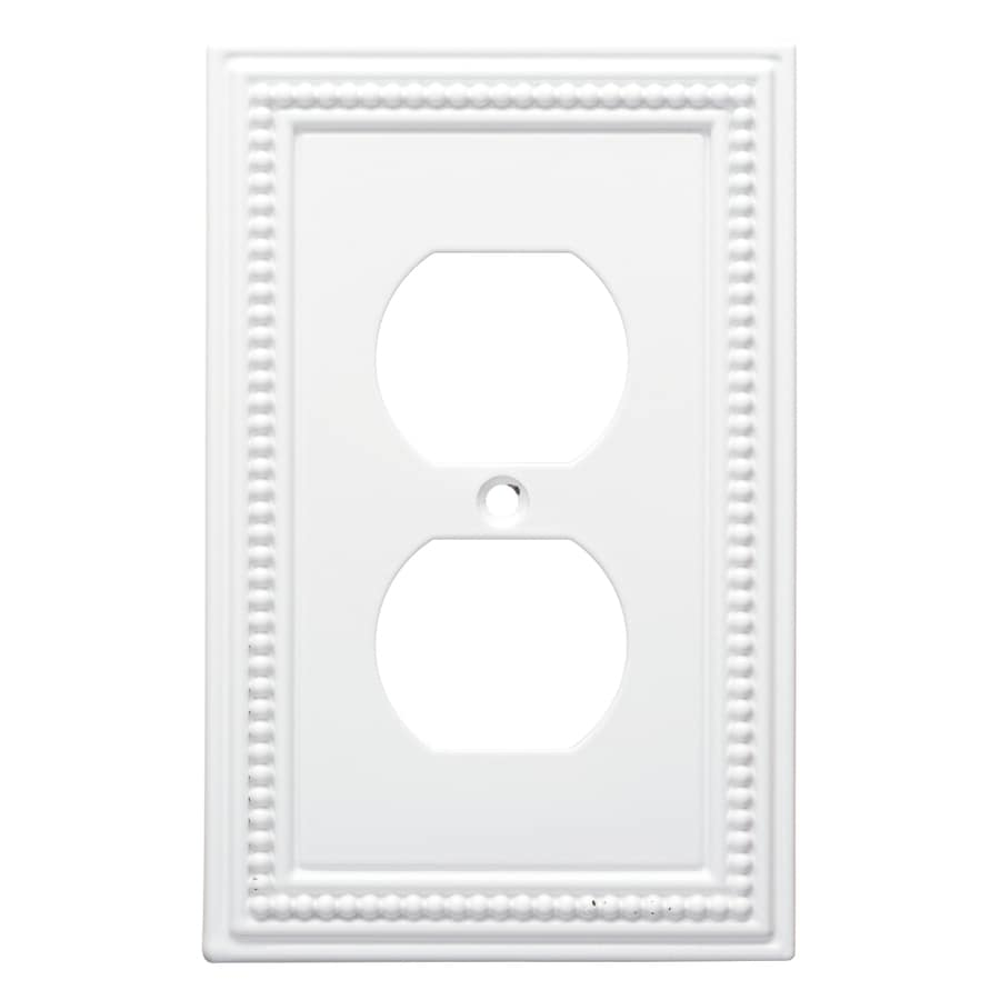 Brainerd Beaded 1-Gang Pure White Single Duplex Wall Plate