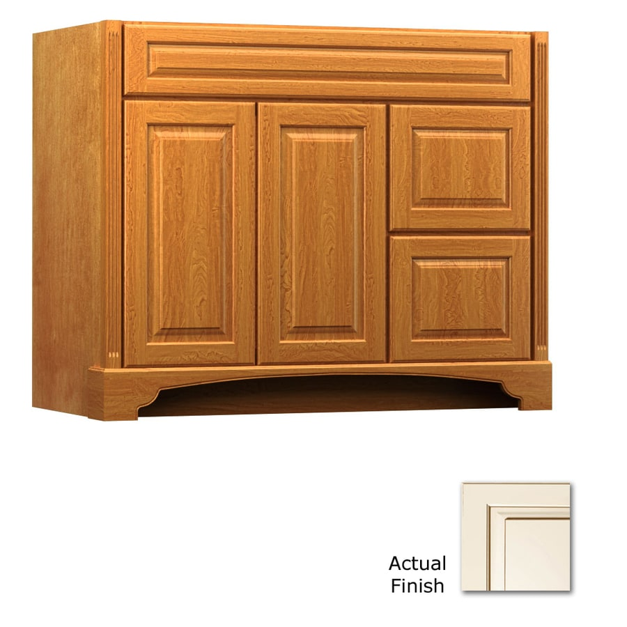 KraftMaid Savoy Montclair Canvas with Cocoa Glaze (Common: 42-in x 18-in) Traditional Bathroom Vanity (Actual: 42-in x 18-in)