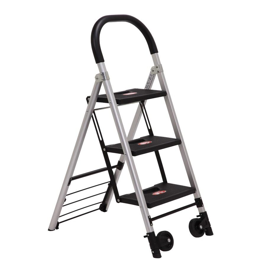 Xtend & Climb 4-ft Aluminum 330 -lb Step Ladder