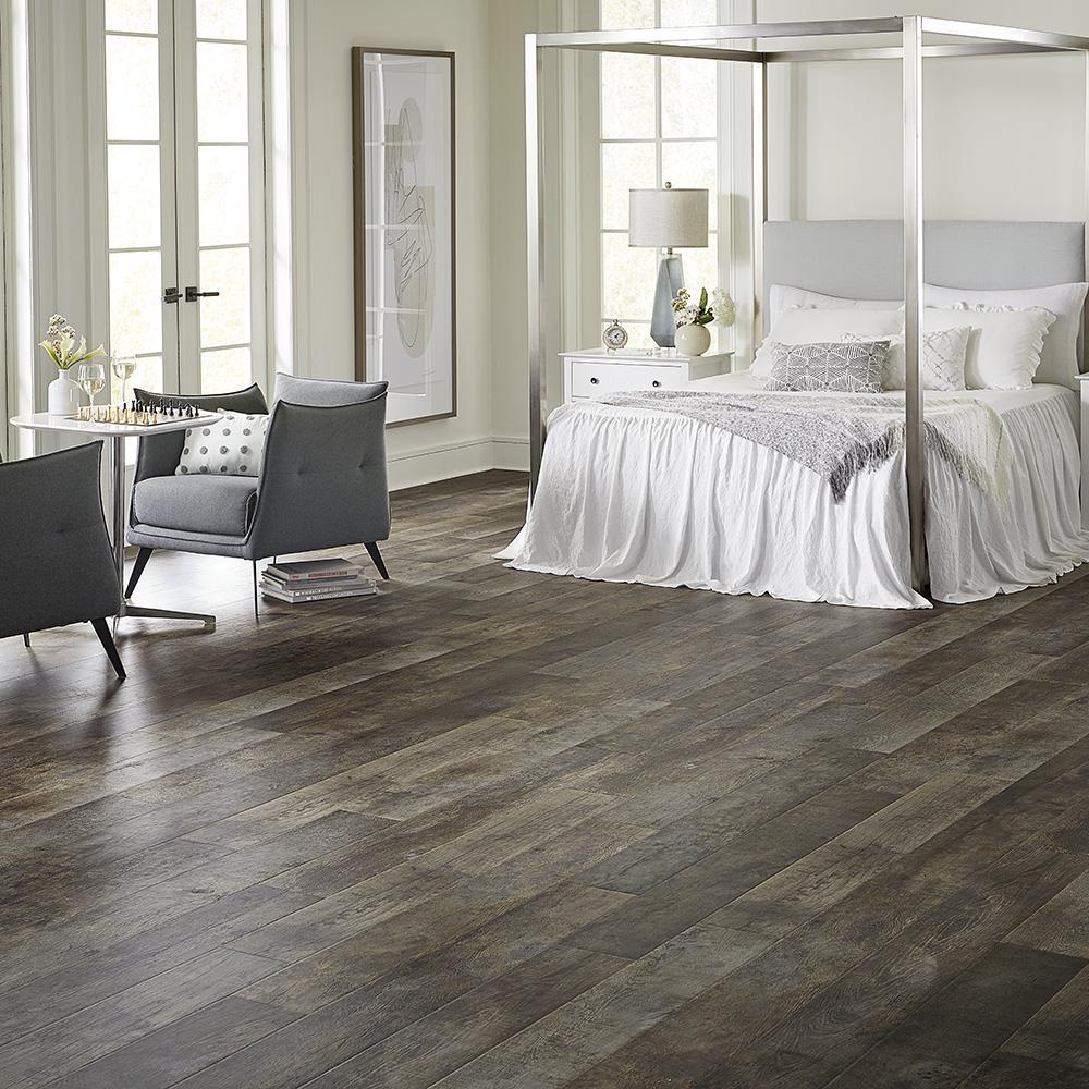 Wetprotect Distressed Lumber Wood 12 Mm, X20 Laminate Flooring