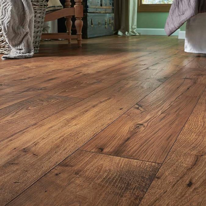 Pergo Max Premier Amber Chestnut Thick, Pergo Amber Chestnut Laminate Flooring